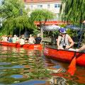 Kanufahren durch die Altstadt Köpenick-vor den Köpenicker Seeterassen