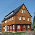 Wiederaufbau Umgebindehaus mit Fachwerk, Dachstuhl und Fassade