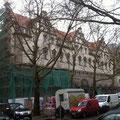 ist für den Spätsommer geplant, die Fassade erscheint jetzt schon in altem Glanz.