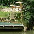 Un des Pontons de l'étang pour la pêche à la carpe, brochet, sandre, friture...