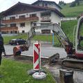 Kanalschacht für Reparatur vorbereiten