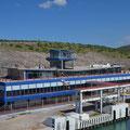 Vom Hurrikan mitgenommes Terminal der Baja Ferries.