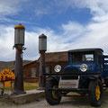 Einzigster restaurierter LKW an der Tankstelle