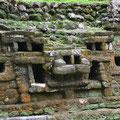 Ausgrabungsstätte Lamanai, bekannt für ihre Masken. Hier der Jaguar-Tempel und eben ein abgebildeter Jaguar
