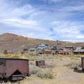 Eine Goldgräberstadt: Blick auf das Minengelände