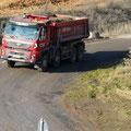 22.11.2011 12.40 Uhr - LKW aus Richtung Kiesgrube Schaafheim