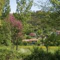 Jardins au pied du village