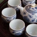 年代物のプーアル茶を用意しました