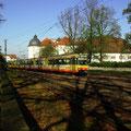 S 30059 am 31.10.2013 vor der Kulisse des Ettlinger Schlosses.