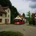 KA-SB 521 war am 09.08.2013 auf Kurs 244 083 in der Gernsbacher Straße unterwegs.