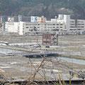 志津川病院と南三陸町防災庁舎
