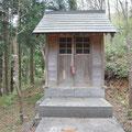 0986「稲荷神社」