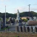 178 野蒜の慰霊碑、観音様、津波到達高(ポール先端)