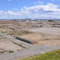0683「日和山から閖上漁港、ガレキ処理プラント方向」