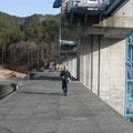 普代村大水門の堤頂部