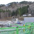 0567 島越の復旧工事の状況、高台の2軒のみ無事。