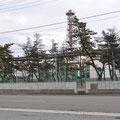 工場のブロック塀の修復状況
