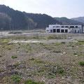 0915「鵜住居防災センター(隣の幼稚園は解体済み)」