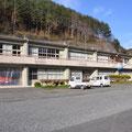 0538 羅賀小学校(平成22年閉校)跡地:消防、郵便局、田野畑漁協、店舗