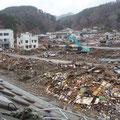 075 田老町の被害と道路啓開。