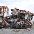 八戸港の解体した廃船置き場