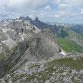 Muttlerkopf,Kratzer,sowie Trettachspitze,Mädelegabel,Hochfrottspitze,Bockkarkopf und Hohes Licht.