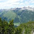 Rotwand und Pfeilerspitze.Dahinter die Hornbachkette