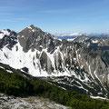 Rotspitze mit Aufstiegsweg und Sattel