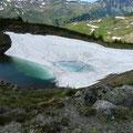 Eisbedeckter See
