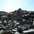Auf Blockwerk zum Gipfel