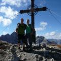Am Gipfel des Hinteren Tajakopf