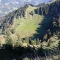 Blick zur Seelen Alpe mit Wegverlauf