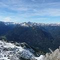 Hornbachkette mit Urbeleskarspitze (links) Hochvogel und Allgäuer Alpen (Bildmitte) Davor Grubachspitze und Salmeiner Spitze