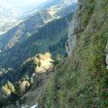 Am Höhenweg angekommen.Rückblick ins Tal