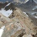 Seilschaft am Gipfelgrat der Fineilspitze