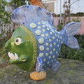 grosser hungriger Fisch