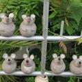 Mäusebande für Stäbe aus grauem Ton