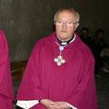 don Ettore Lessa  - Nato nel 28 luglio 1930 - Salito al Cielo il 23 ottobre  2010 - E' stato Parroco della Parrocchia Sacra Famiglia dal 1984 al 1998