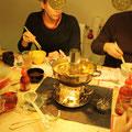 Erst unterm Baum, dann auf dem Tisch: Chinesischer Hotpot