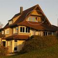 Unser Praktikantenhaus in Egenhausen. Ca. 10 min Fußweg von der Klinik. Kreis: mein Zimmer.