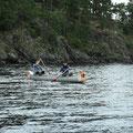....etwas Bewegung im floßeigenen Kanu ....