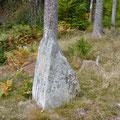 Menhir mit Kreuz © Hartmut Hermanns
