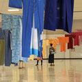 着るためのイニシエーション | 金沢流通会館でのインスタレーション | 古着の着物(丸六株式会社提供),燻竹(丸六株式会社提供),ナイロンロープ