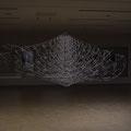 柔かなノイズ | 1.1m, 3m, 2.8m | レーヨン組紐(生成・鉄紺), プラスチックポール, ステンレスパイプ, ラッカー塗料