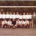 2. Mannschaft (sogenannte Franz-Fritz-Mannschaft) Saison 1967/68 Meister der A-Klasse Bodensee, damals höchste Spielklasse des Bezirks. Stehend von links: Masseur Bauer, Hartmut Liehr, Günter Frank, Helmut Leirer, Rudi Berwik, Didolf Deifel, Fritz Thieman