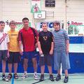 2005 Foto mit dem österreichischen Nationalspieler Chen Wei Xing: Sandro Loguercio, Stefan Hölzl, Jonas Binninger, David Blust