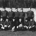 1. Mannschaft ca. 1968. Hinten: Jantschik, Grüneberg, D. Klökler, V. Klökler, Kokoska, Burbach, Trainer Silva. Vorne: Falkenstein, Kaiser, Rudolph, Bader, Horvath, Pino.