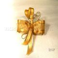 N°21F    PAPILLONS                             SPIRALE  papillons spirale,tessuto organza bordata,5confetti oro avvolti in tulle,nastro oro bordato, creazione 2 spirali oro                    €3,30