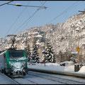 Kaum in Rathen ausgestiegen kam SNCF 437 023 mit einem Containerzug in Richtung Bad Schandau.