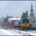Am 12.01.2010 war wieder ein sonniger Wintertag, hier zerrt 29005 ,Ted Gaffney, den langen Zug durch Grüna, 29004, Dave Meehan, schiebt nach.